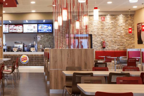 Instalación de climatización en Burger King Sevilla